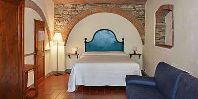 Cozy rooms and apartements in b&b near San Gimignano